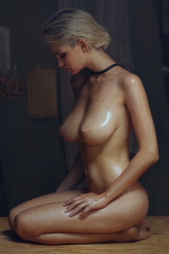 blonde, tits, boobs, naked, nude - ukimalefu | ello